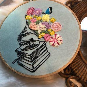 🌵 Kitsch needlework embroidered wall art